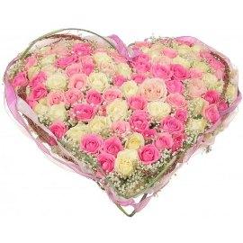 Цветущее Сердце из Роз
