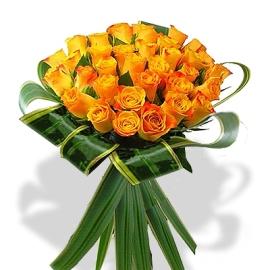 Прекрасный букет из оранжевых роз