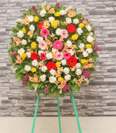 Գունավոր ծաղկեպսակ