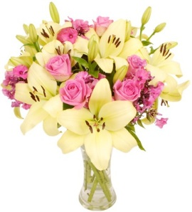 A Shining Rose & Lily Bouquet