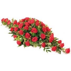 Կարմիր վարդերի խոնարհում - սգո կոմպոզիցիա