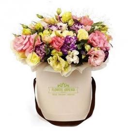 Цветочная коробка «Веселеое настроение»