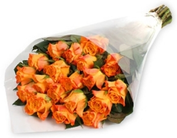 Dainty Bunch of Orange Roses