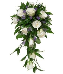Свадебная композиция белых роз
